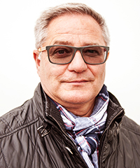Porträttbild på Anders Wallin